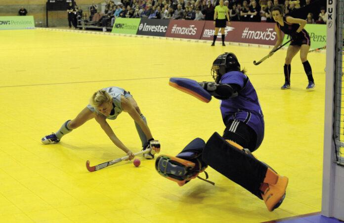Alex Danson beats Maddie Hinch (c) Ady Kerry
