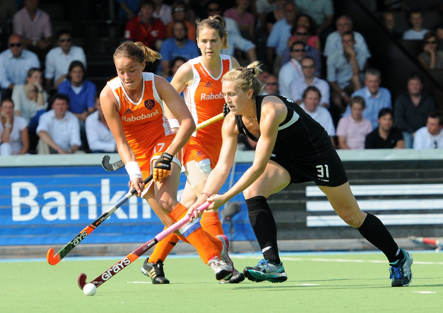 New Zealand are taking the Michelsen (right) (c) Andy Smith